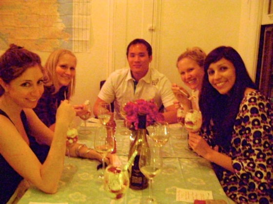 How To Be A Good Dinner Party Guest Six Twists